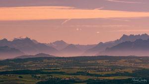 Les Alpes derrière la plaine du Nord-Vaudois.